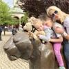 Elischeba und Kids im Zoo Leipzig