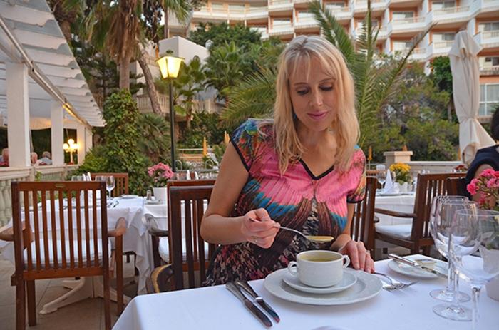Elischeba Wilde - Abendessen auf Mallorca