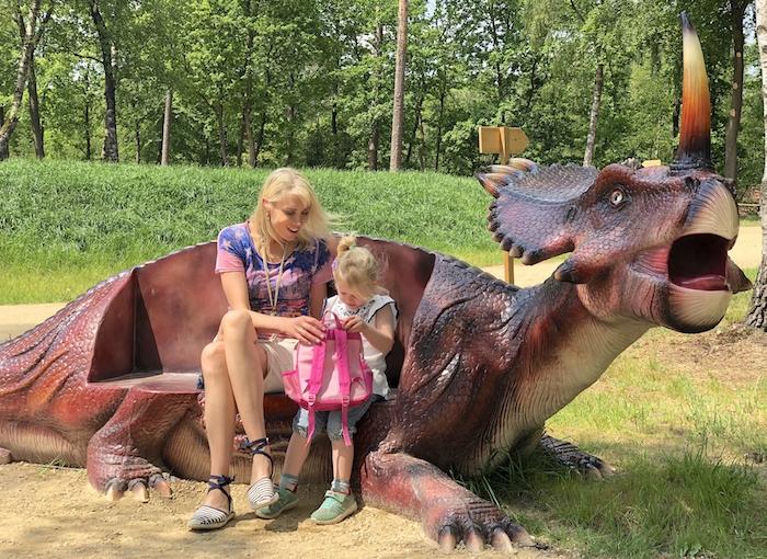 Dinosaurier-Stuhl
