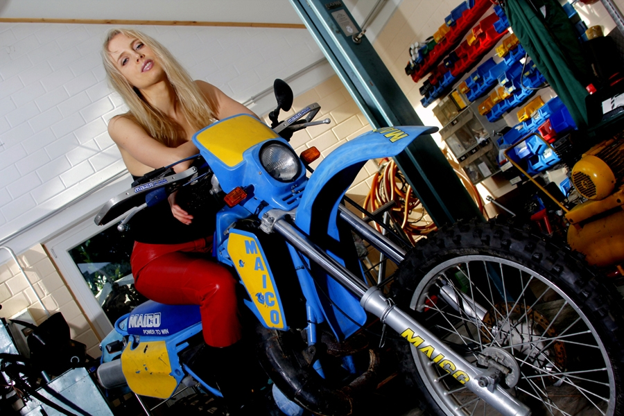 Elischeba Wilde Moto-Bike Lady Kalendershooting
