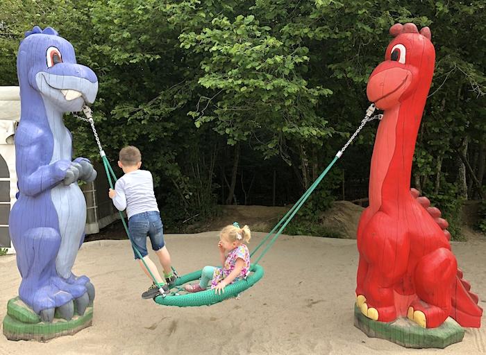 Dinospielplatz in der Eifel