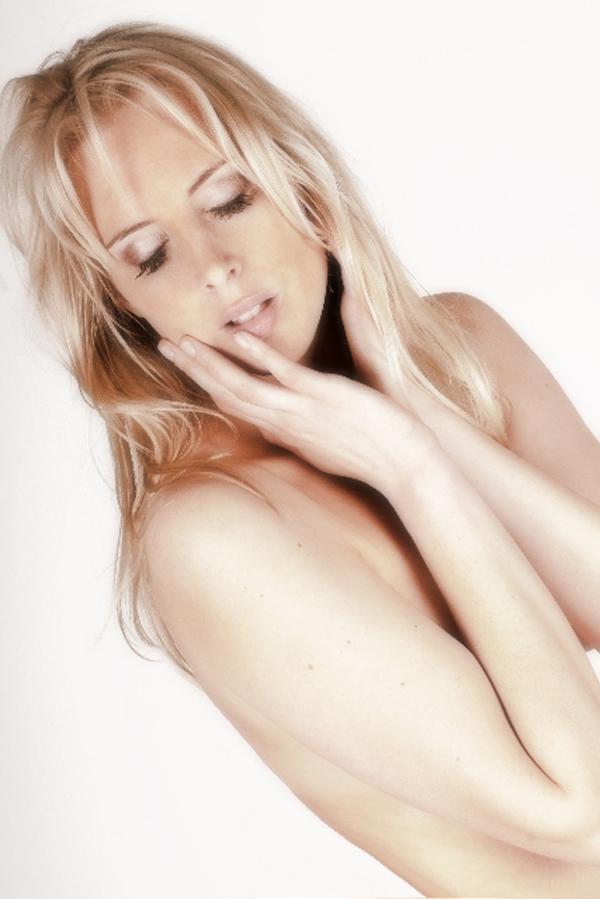 Elischeba Wilde - Portrait - nude und sinnlich