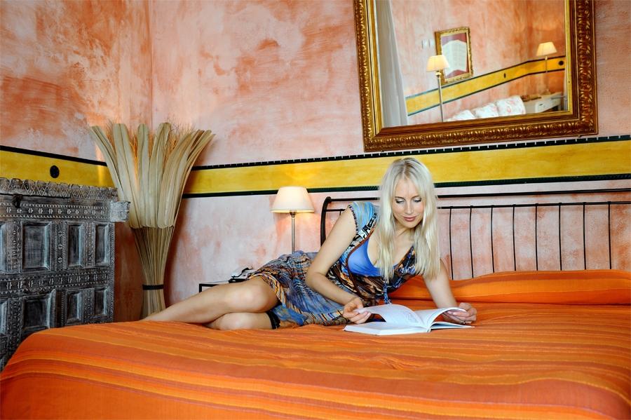 Elischebas Fotoshooting im Hotel Kalura auf Sizilien