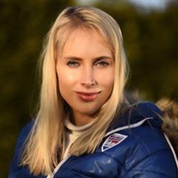 Elischeba Wilde - Portrait in der Herbstsonne