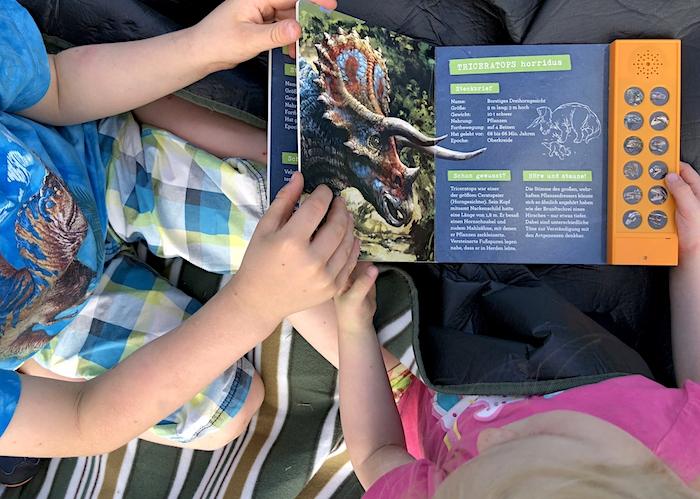 Dinobuch mit Geräuschen