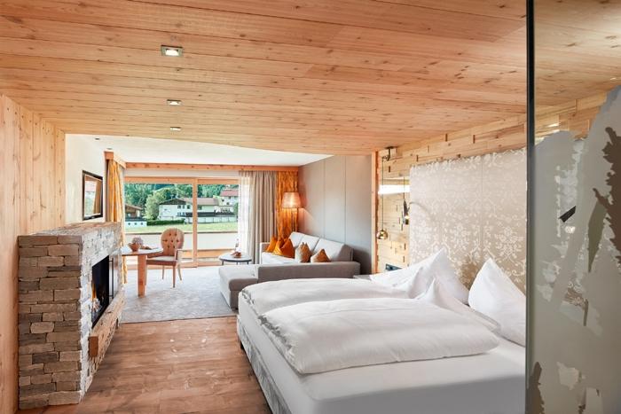 Natur-Pur-Luxussuite Wohnschlafzimmer