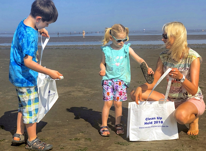 Clean up - Müll sammeln am Strand