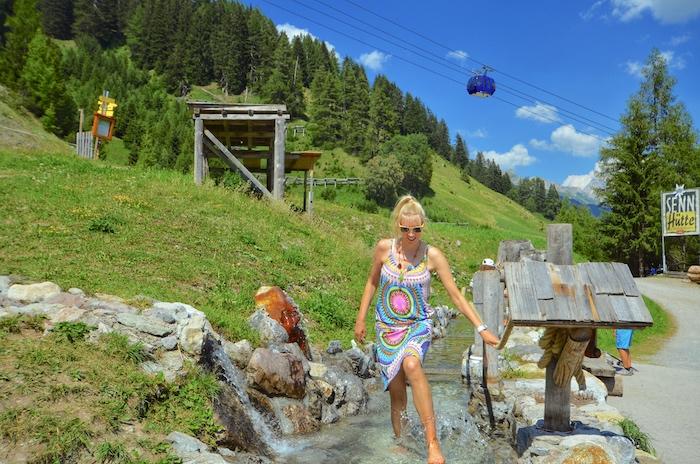 Kneipp-Becken am WunderWanderWeg