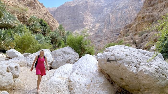 große Felsen im Wadi Shab