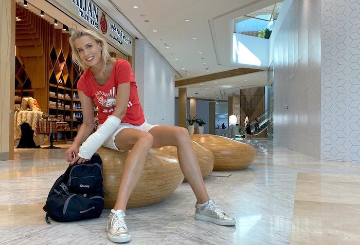 Arm gebrochen - Elischeba Wilde in Dubai
