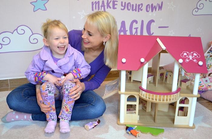 rosa Haus für Mädchen