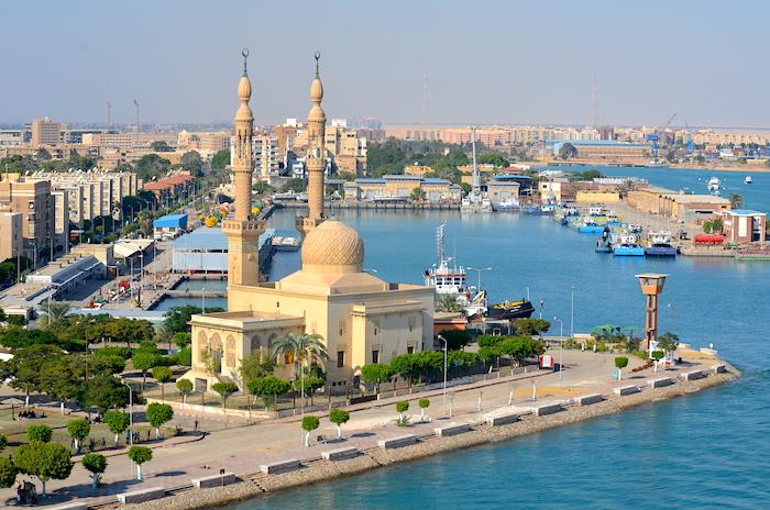 Meine spannende Fahrt durch den Suezkanal mit AIDAprima