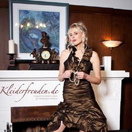 Elischeba Wilde - Fotoshooting für das Modelabel Kleiderfreuden.de