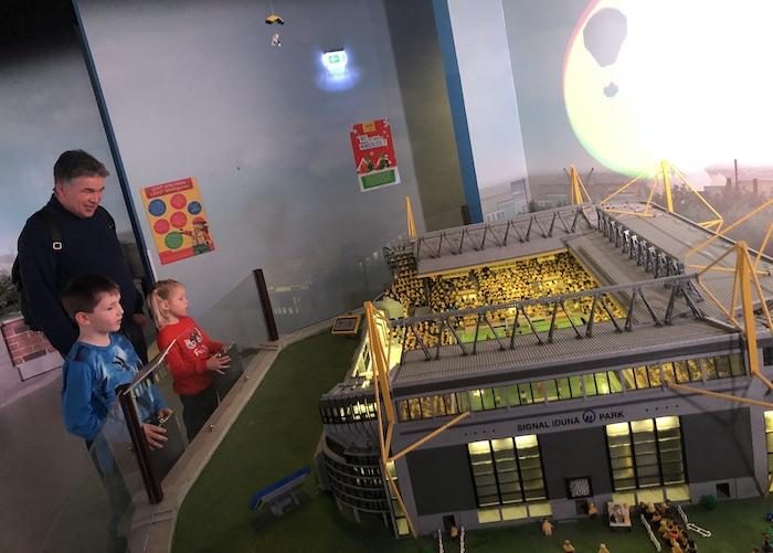 SIGNAL IDUNA PARK im Legoland Oberhausen