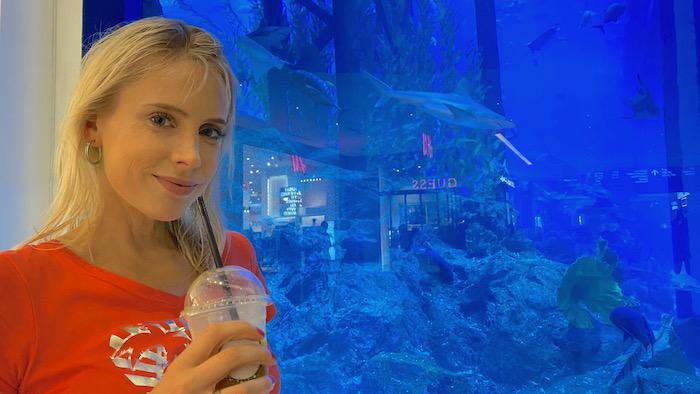 Elischeba im Aquarium in Dubai