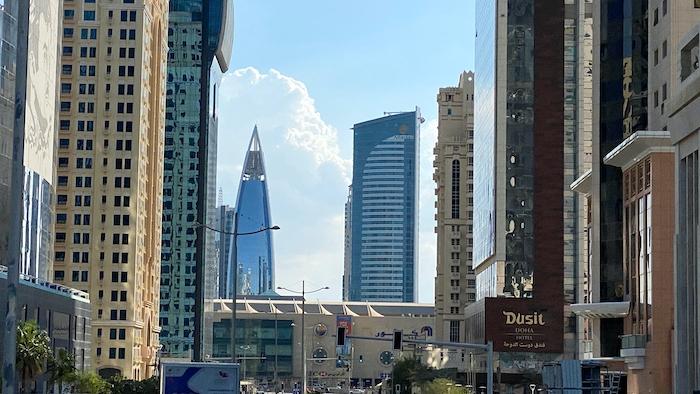 sterile hochmoderne Bauwerke in Doha in Katar