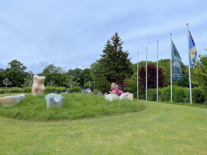 Golfhotel mit HARIBO Skulpturen