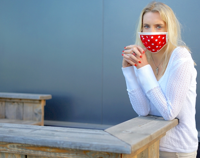 Elischeba mit Maske wegen Corona