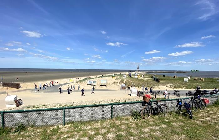 Blick auf die Kugelbake in Cuxhaven
