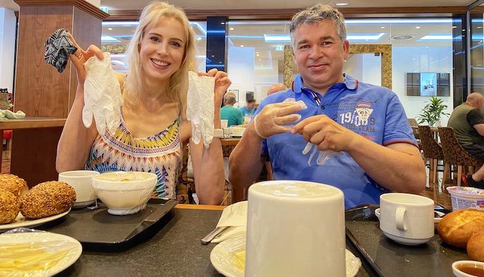 Frühstück im Hotel mit Corona-Auflagen - Hotel Rappen in Rothenburg ob der Tauber
