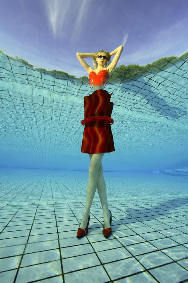 Elischeba Wilde - High Heels unter Wasser