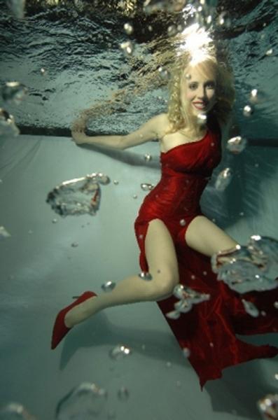 Elischeba Wilde - Unterwasser Fashion Model