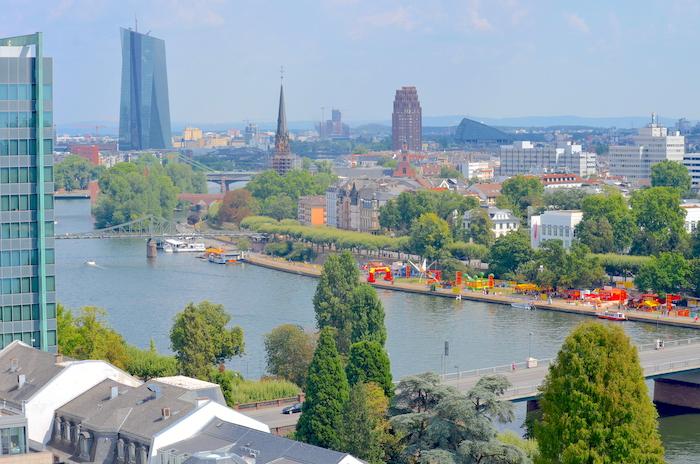 Frankfurter Skyline – wieso du Manhattan in klein erleben musst
