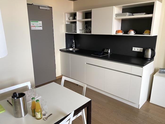 Küche im Studio in Harrys Home in München-Moosach