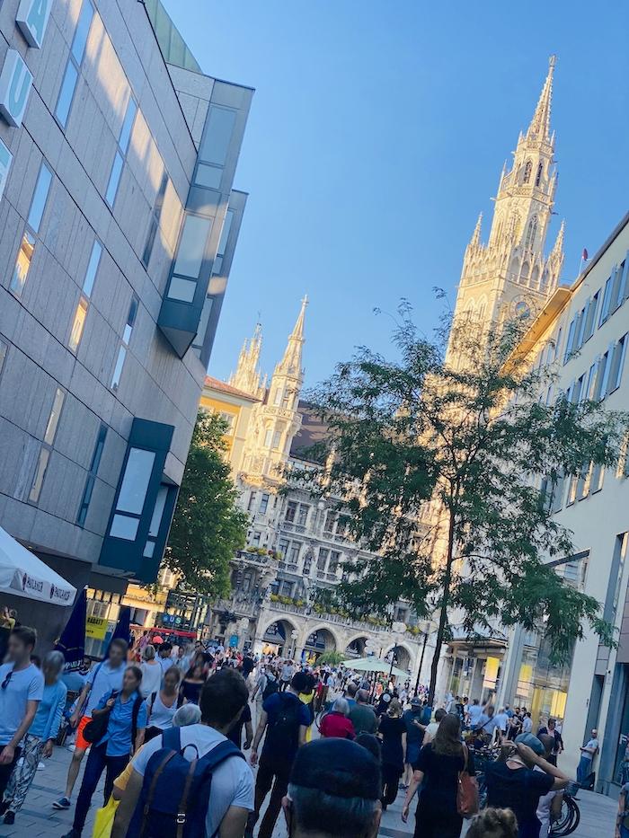 Blick aufs Neue Rathaus am Marienplatz