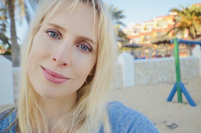 Selfie Frau blond - Elischeba Wilde