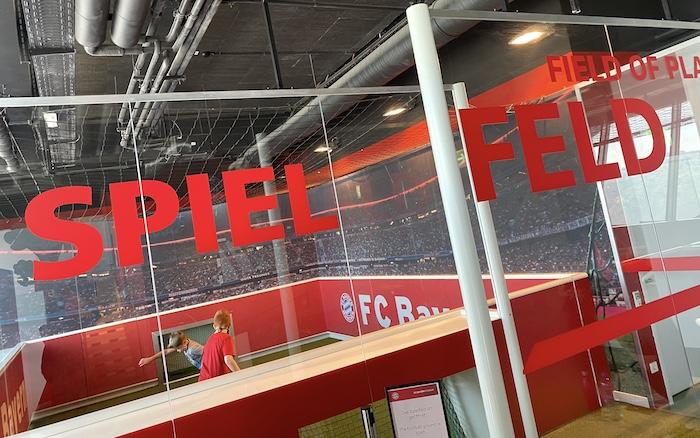 Spielfeld im FC Bayern Museum für Kids