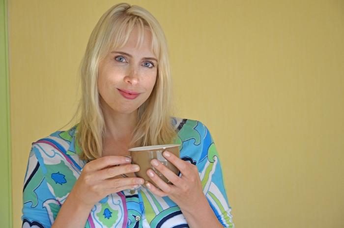 Tee trinken - Elischeba Wilde