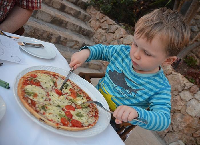 Pizza für Leon