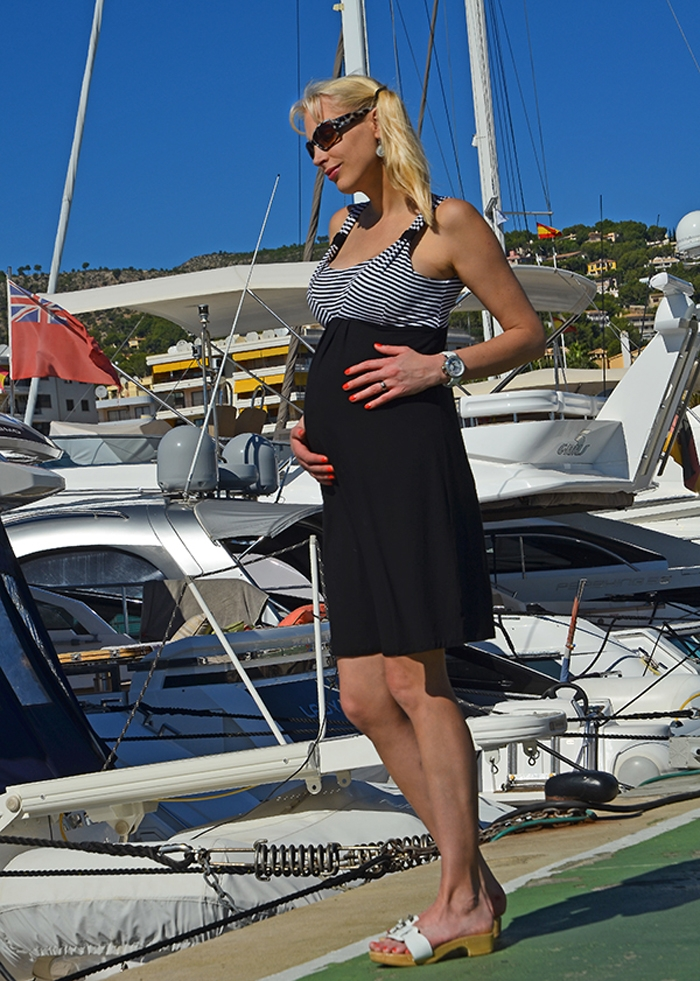 Elischeba Wilde - schwanger im Yachthafen von Puerto Portals