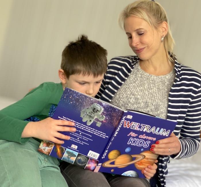 Weltraum für clevere Kids - Buch - Elischeba und Leon