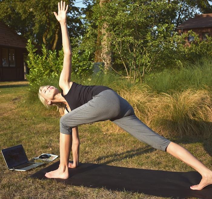 Elischeba Wilde - Workout mit Stefanie Rohr