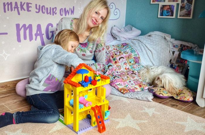 Womit spielen Kinder zwischen <div>fünf und zehn Jahren am liebsten?</div>