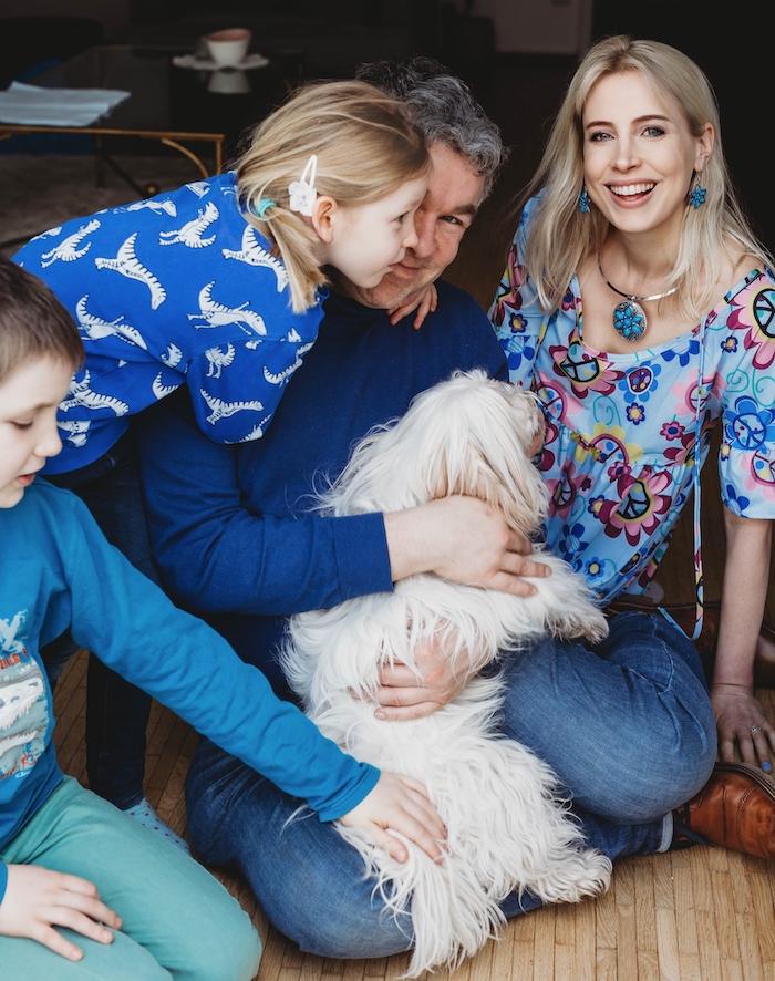 Familie mit Hund - Elischeba Wilde