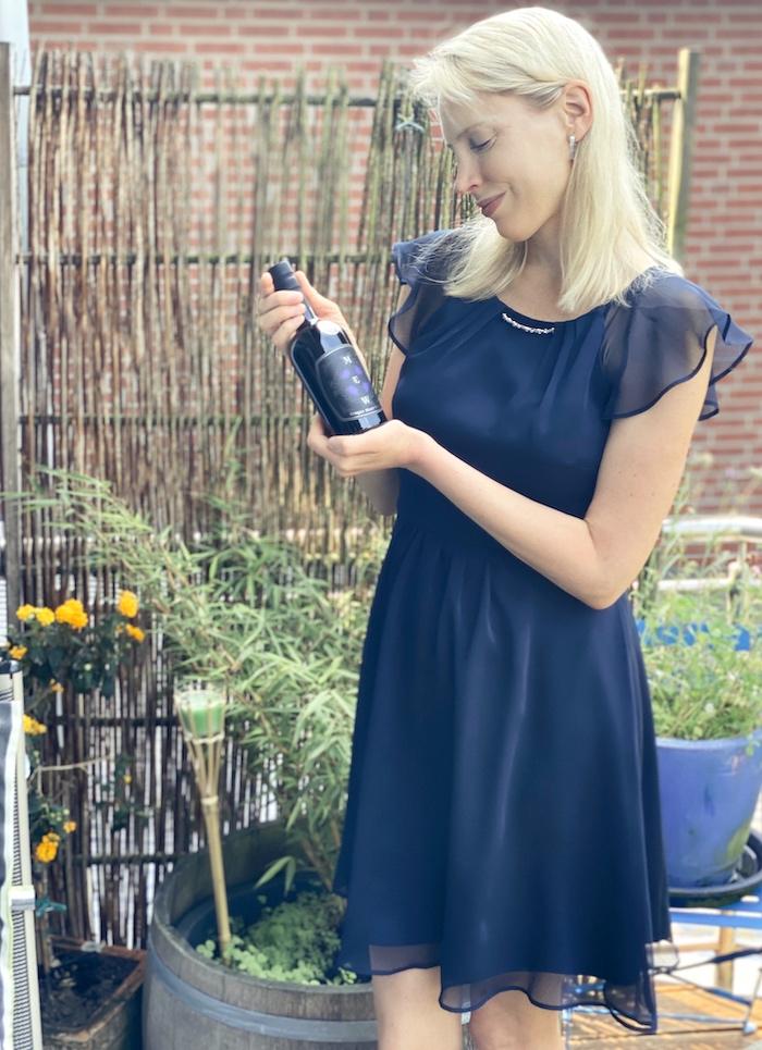 Elischeba Wilde präsentiert ihren Whisky Favorit
