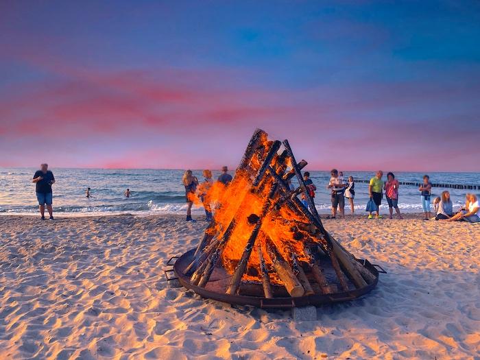 Lagerfeuer am Strand von Kühlungsborn